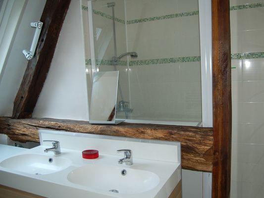 Le Moulin du Saut de la Truite Gite de Thierry Lelong à Hermival-les-Vaux 7 Salle de bain
