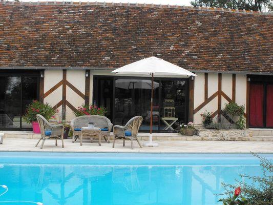 Le Presbytère Chez Sylvaine Decleves Chambre d'hôtes à Saint-Loup-de-Fribois (4)