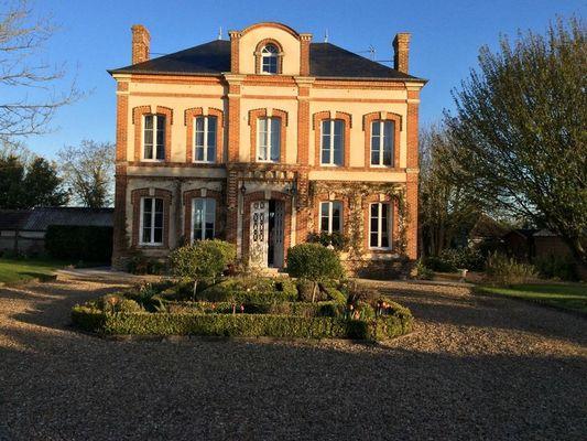 Le Presbytère Chez Sylvaine Decleves Chambre d'hôtes à Saint-Loup-de-Fribois (2)
