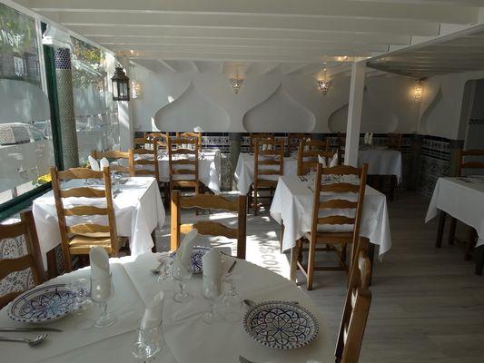 Restaurant La Couscousserie - Lisieux (salle au rez-de-chaussee)