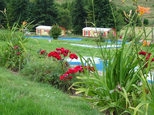 Devalparc - Le Mesnil Bacley - roulottes dans un parc de loisirs