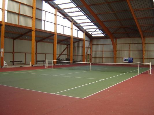 court couvert Tennis Orbec