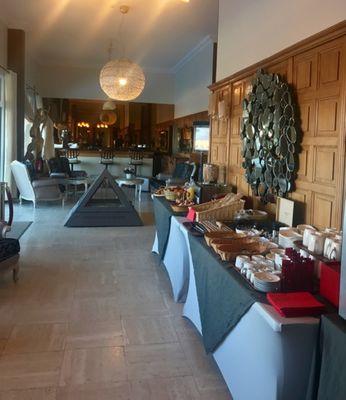 Arc-Hôtel buffet petit déjeunerjpg