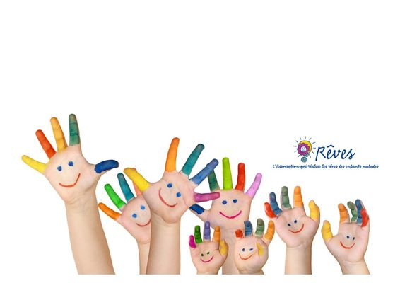 mains enfants