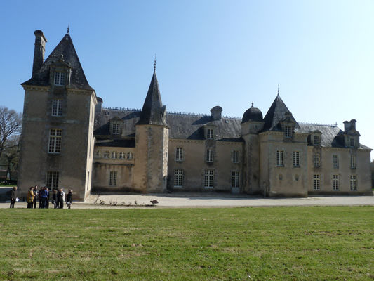 Arrière château Ville Der - Roc