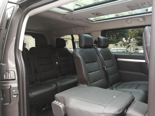 Chauffeur Malouin Sarl - intérieur voiture - Saint-Malo