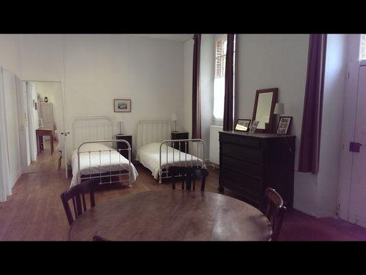 Hébergement insolite ancienne école de Caro - Morbihan - Bretagne