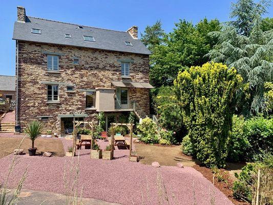cote-jardin---maison-des-legendes-paimpont---3-9