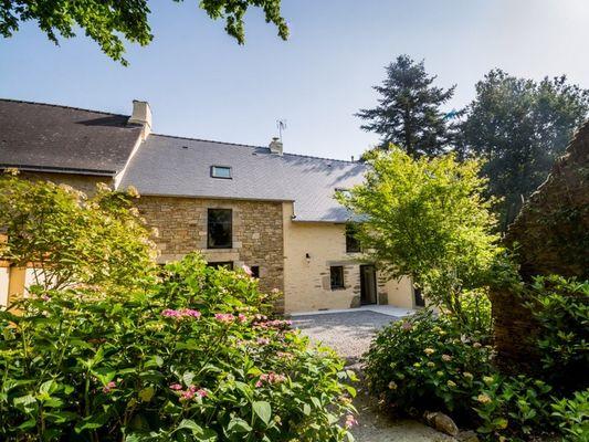 Gîte-Les-Hortensias-du-haut-bois-Taupont-Brocéliande-Morbihan-Bretagne