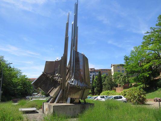 Météore - Jean Suzanne - Sculpture Montauban Tarn-et-Garonne