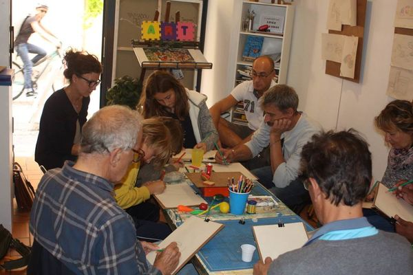 Atelier de dessin de la Galerie Hazart