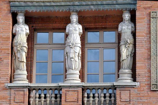 Hôtel des Cariatides Montauban
