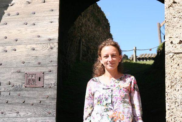 chasse aux boites à secrets visite guidée château de lordat Noémie De Bono