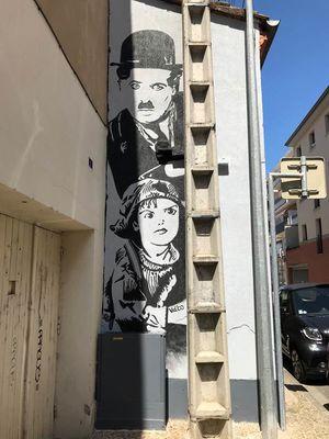 Street art Charlie Chaplin