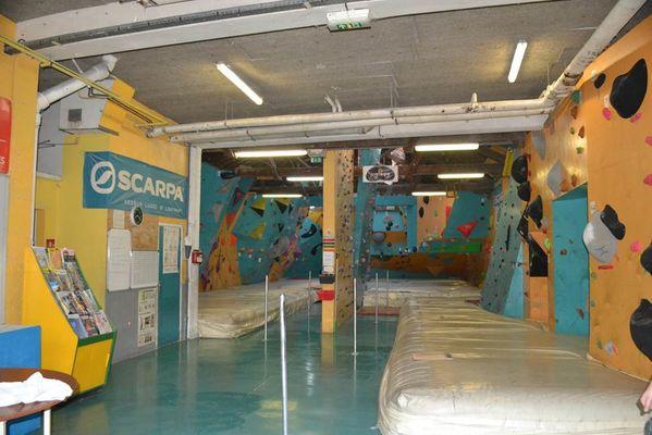 mur d'escalade espace grimpe  escalade à montauban activites sportives à montauban