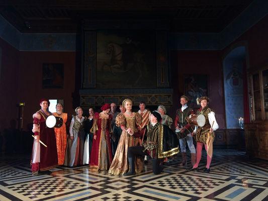 Bassa-Toscana-Visites-nocturnes-danses-Renaissance-Chateau-d-Ancy-le-Franc-OK-OK