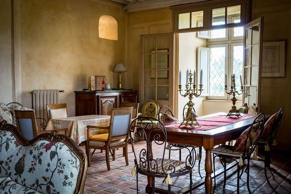 Grand salon des Barons de Joursanvault au XVIIIe s.