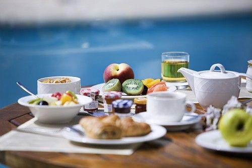 Novotel Beaune -  Petit déjeuner enTerrasse