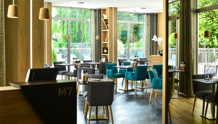 M7 Restaurant