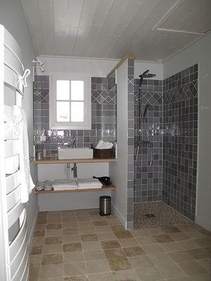 salle-de-bain-villas-du-port-ile-yeu-888