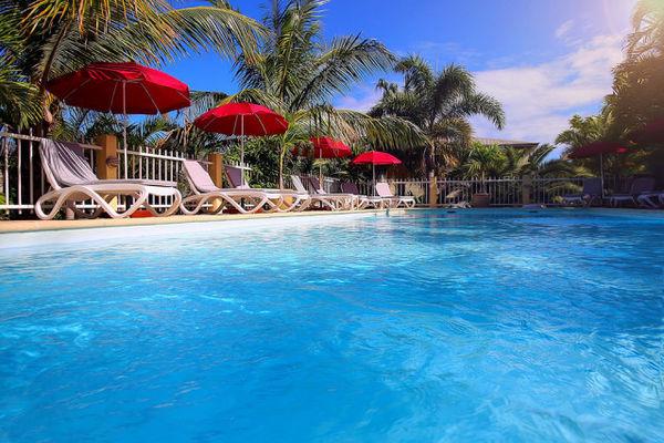 1- piscine - Oasis de Terre Rouge (L')