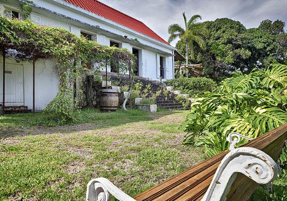 Jardin de la Maison d\'Edith (Le) - Saint-Denis | Insel La ...