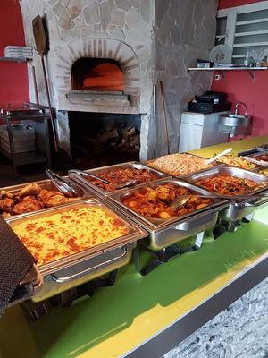 Lorenzo Restaurant Grill & Pizza
