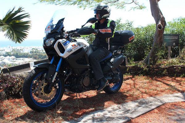 1- MOTO - Moto Escapade Réunion