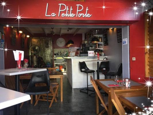 -1 restaurant la petite porte - Petite Porte (La)