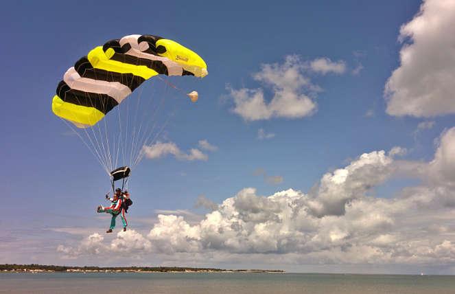 parachutisme ile de re