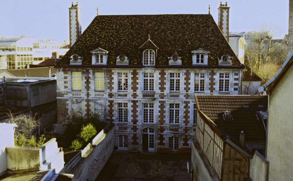 Ancien h tel du commandeur troyes site officiel du - Office du tourisme champagne ardennes ...