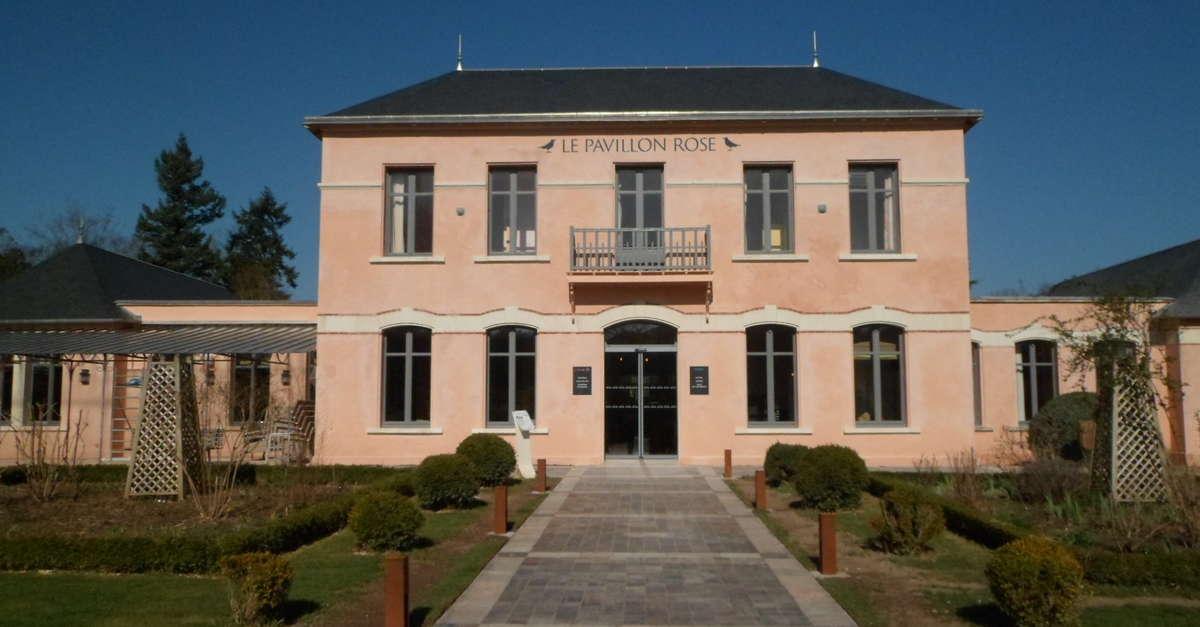Le pavillon rose la roche posay office de tourisme la - Office du tourisme de la roche posay ...