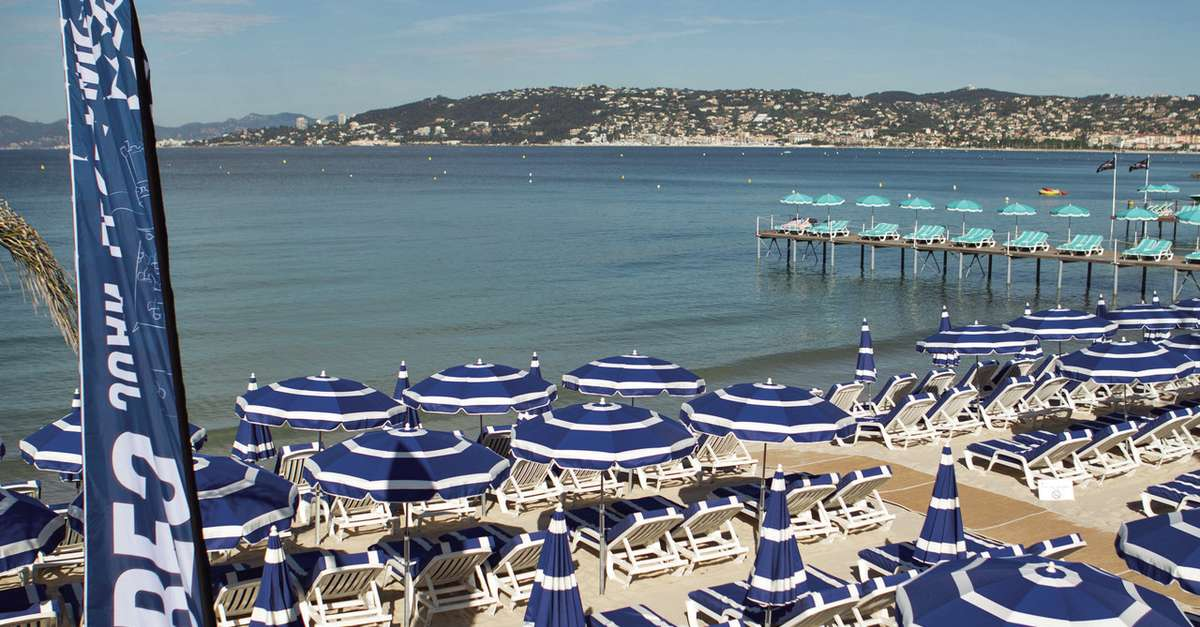 grande vente bb0d6 592fb PLAGE RICHELIEU - Antibes | Site Officiel de l'Office de ...