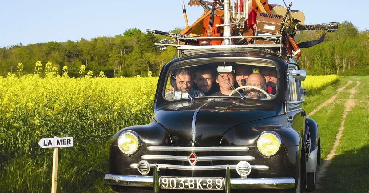 Bal folk montgueux site officiel du tourisme en for Salon moto charleville