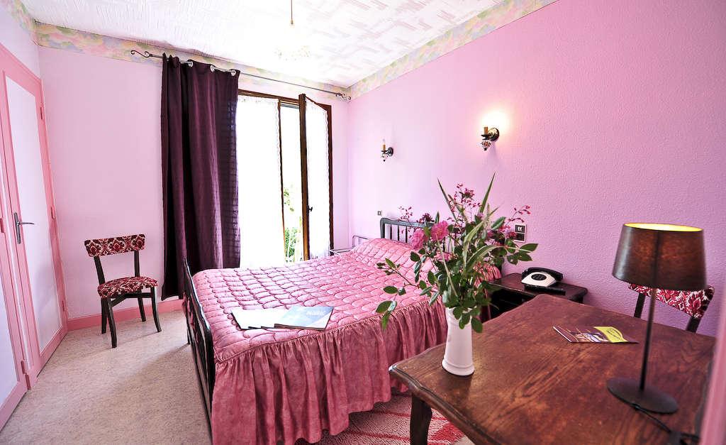 Chambres d 39 h tes du puits padirac vall e de la dordogne tourisme rocamadour padirac - Chambre d hotes collonges la rouge ...