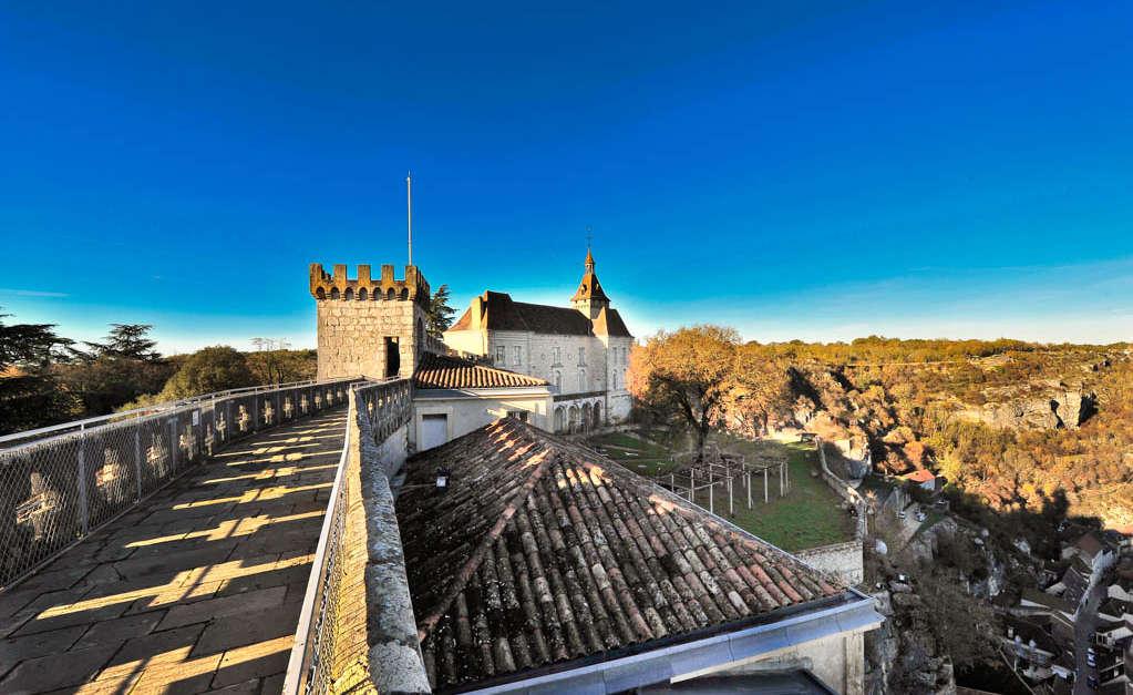 Remparts de rocamadour rocamadour vall e de la dordogne tourisme rocamadour padirac - Office de tourisme collonges la rouge ...