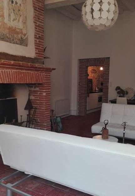 m voutyras appartement meubl montauban office de tourisme de montauban. Black Bedroom Furniture Sets. Home Design Ideas