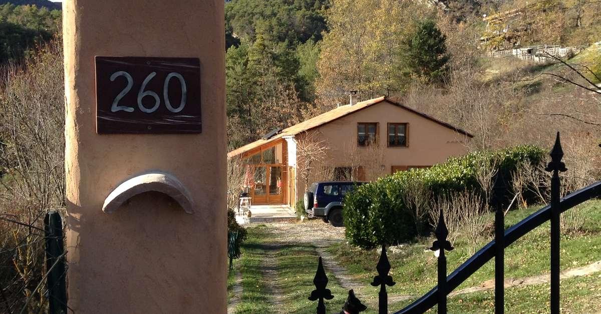 Poterie johann s l 39 argenti re la bess e pays des - Office du tourisme l argentiere la bessee ...