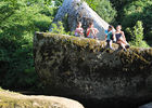 rocher-branlant-jardin-des-chirons-2000bressuirais (pw) 5238.jpg
