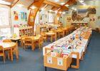 Section jeunesse Espace albums + tables écoles (Small).JPG