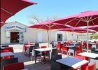 services-sur-place--01--restaurant-camping-ile-de-rae.jpg