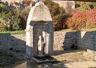 fontaine - église - St-Caradec-Tregomel - crédit photo OTPRM.jpg