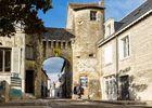 LaRochePosay_porte_de_ville_medievale.jpg