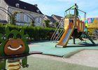 aire_de_jeux_enfants_Place_République_La_Roche_Posay (1).jpg