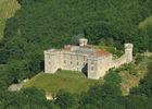 Vue aérienne du château de  Grézels--Lot Tourisme-ECAV aviation-Michel Bernard.jpg