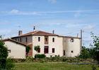 1.la tour d'Auzay maison façade est.jpg