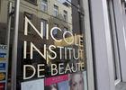 nicole-vitrine2-mons.jpg