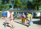 Camping du lac_campeurs<Monampteuil<Aisne<Picardie