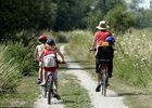Randonneurs à vélo < Val de Serre < Aisne < Picardie