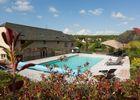 Maison-hotes-LaMaisondeLeopold-exterieur-piscine